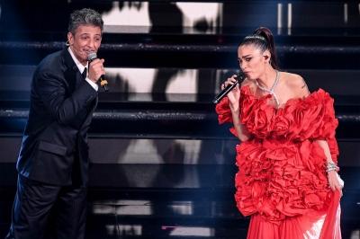 Italian showman Rosario Fiorello and Italian singer Elodie on stage at the Ariston theatre during the 71st Sanremo Italian Song Festival, Sanremo, Italy, 03 March 2021. The festival runs from 02 to 06 March. ANSA/ETTORE FERRARI