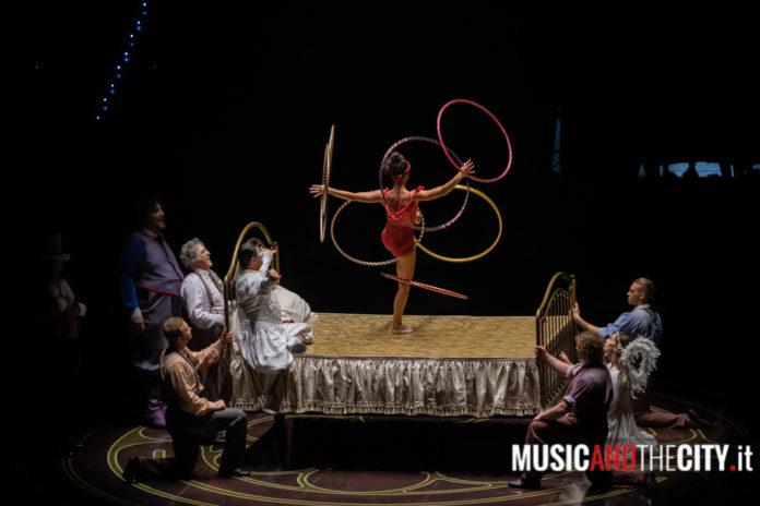 Letto copertina cirque du soleil